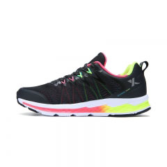特步跑步鞋-网面透气女跑鞋
