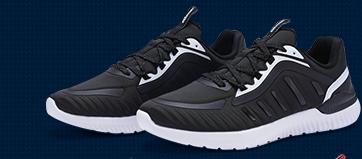 特步男子跑步鞋