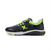 新款网面透气跑步鞋