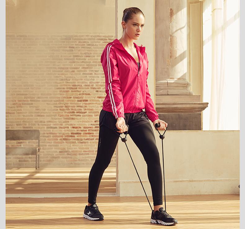 特步 女子双层运动风衣 2017秋季新品纯色休闲轻薄外套883328159151-