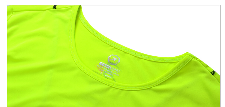 【特步官方商城】女子运动短袖T恤圆领舒适速干透气跑步装备女子跑步上衣884228019505-
