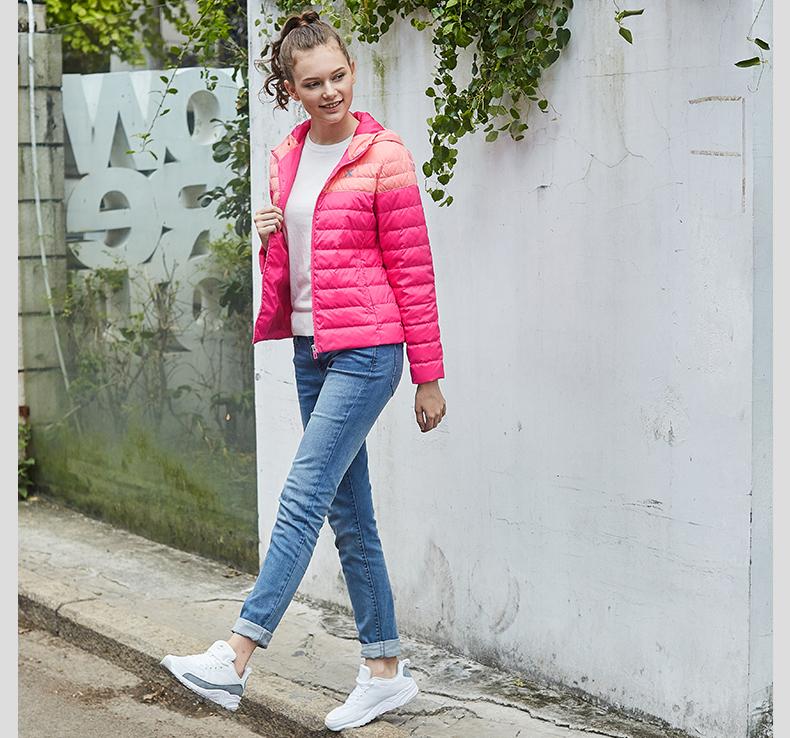 特步 2016冬季女子羽绒服 保暖柔软舒适女厚外套884428199073-
