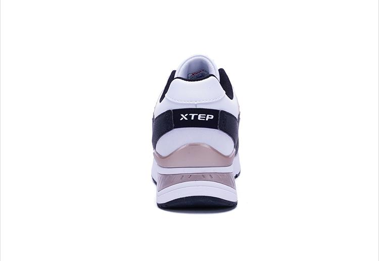 特步 专柜款 女子冬季休闲鞋 保暖时尚女鞋983418326358-
